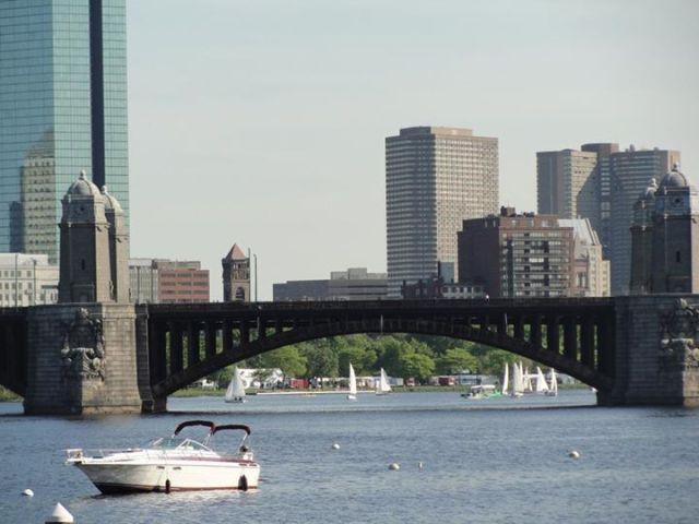 boston bến cảng